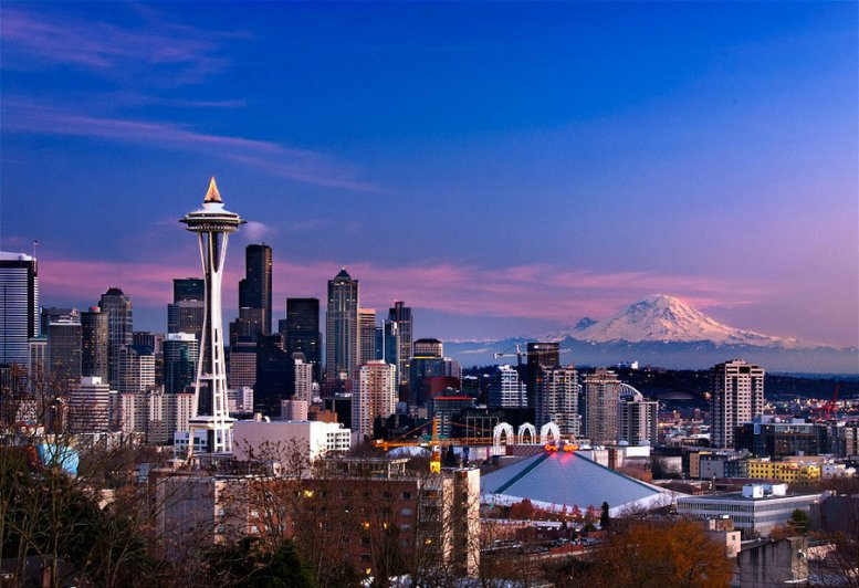seattle_skyline_by_latefor-d4i9xb8